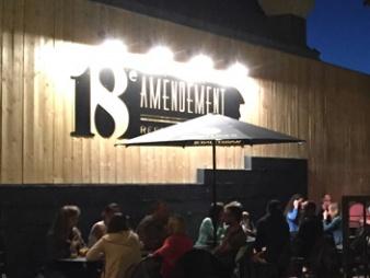 L'enseigne du restaurant le 18e amendement