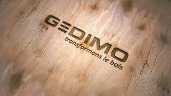 logo-gedimo-sur-fond-bois