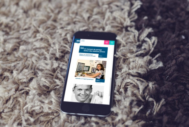 Mockup smartphone nouveau site internet B17 Communication